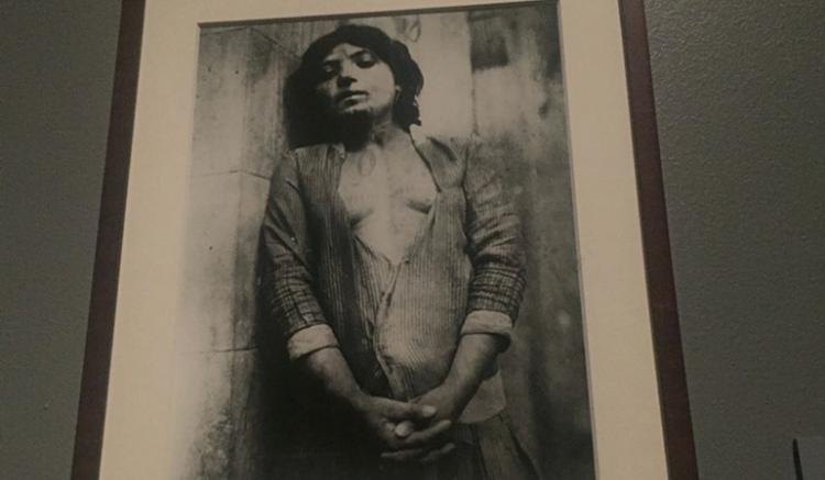 Armenische Frauen Tätowierungen - Völkermord an den Armeniern